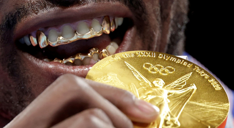 Medalha de ouro ganha pelo cubano  Julio Cesar La Cruz na categoria de Peso Pesado, no Boxe.   Foto: Ueslei Marcelino - Reuters