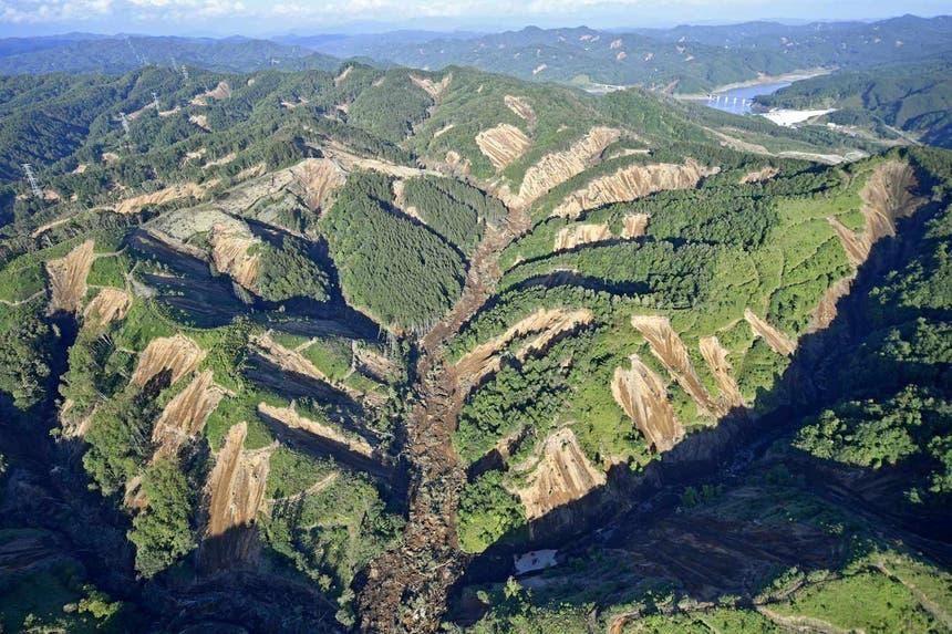 Desmoronamentos em Hokkaido, Japão, após sismo de 6.7 Foto: Reuters