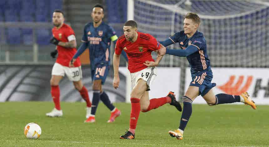 Liga Europa. Benfica e SC Braga em missões complicadas