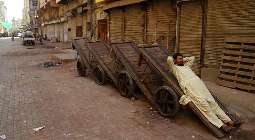 Confinamento paquistanês