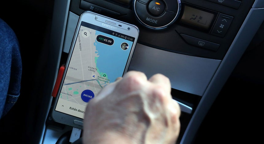 e439b2b34f0b Os operadores de plataformas eletrónicas Chauffeur Privé, Taxify e Cabify já  receberem as licenças para a atividade de transporte, encontrando-se o  pedido ...