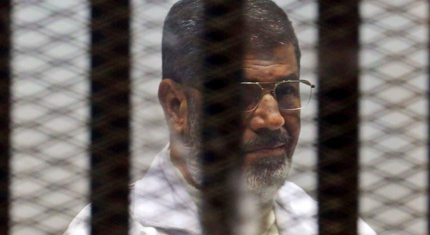 Mohammed Morsi foi deposto por um golpe militar em 2013, após um ano no poder