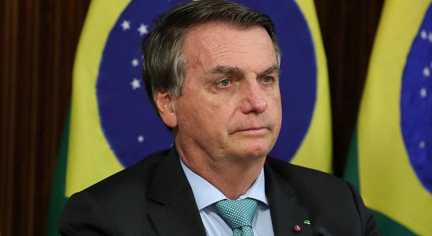 Bolsonaro critica lei que pode dificultar emprego para mulheres