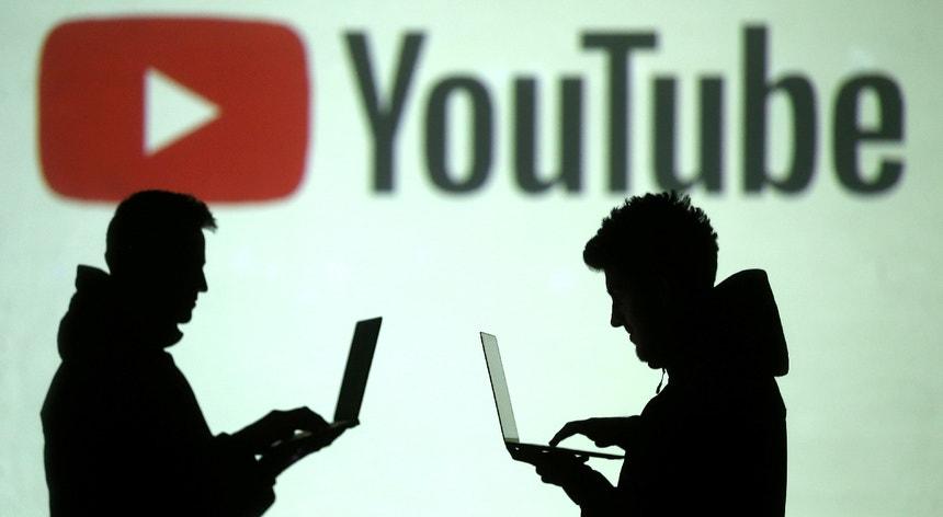 O relatório da Google chega num momento de tensões elevadas entre China e Estados Unidos.