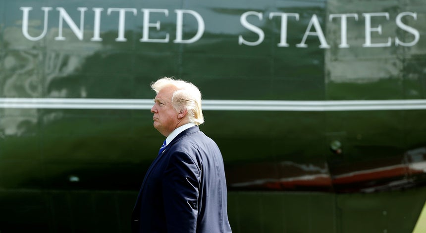 """Resultado de imagem para EUA arriscam """"terceira guerra mundial"""" com Donald Trump, diz senador republicano"""