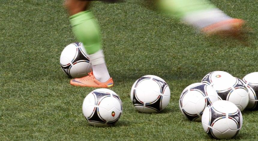 7cab1a8f0a Mundial sub-20  Brasil e Alemanha `imitam` Portugal