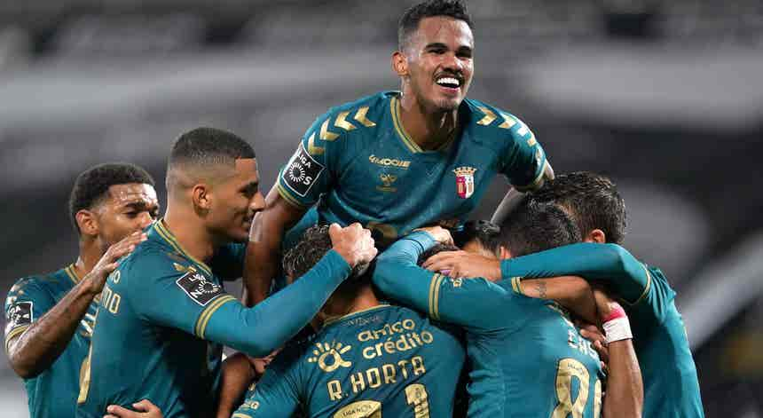 Sp.Braga vence dérbi minhoto em Guimarães, veja as imagens