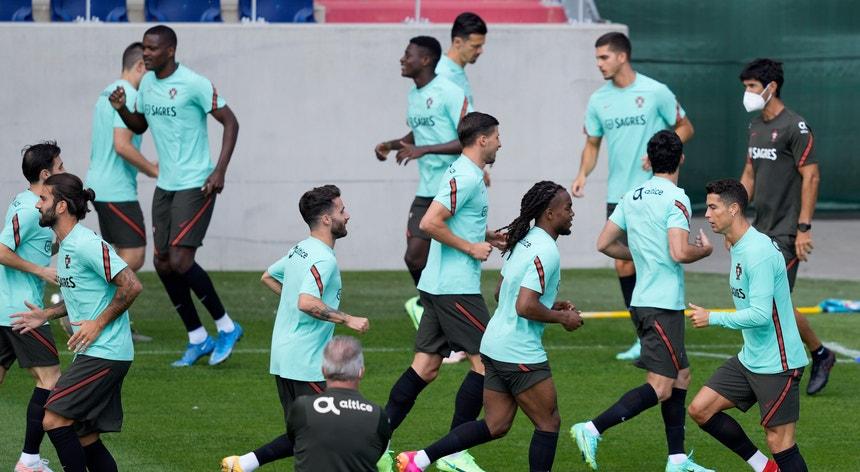 A equipa das quinas afina os últimos detalhes para o jogo com os húngaros