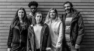"""""""Os Silvas, Uma Família Confinada"""", as famílias, a pandemia e o teatro"""
