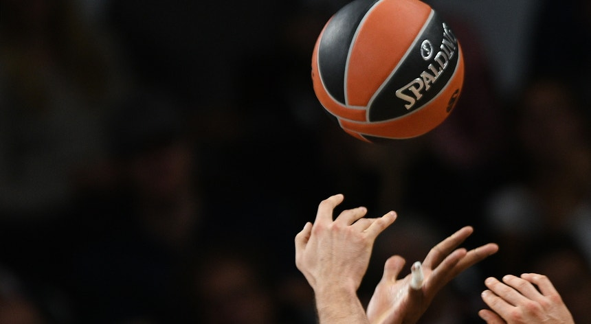 O basquetebol português conquistou o ouro nos mundial para atletas com deficiência intelectual