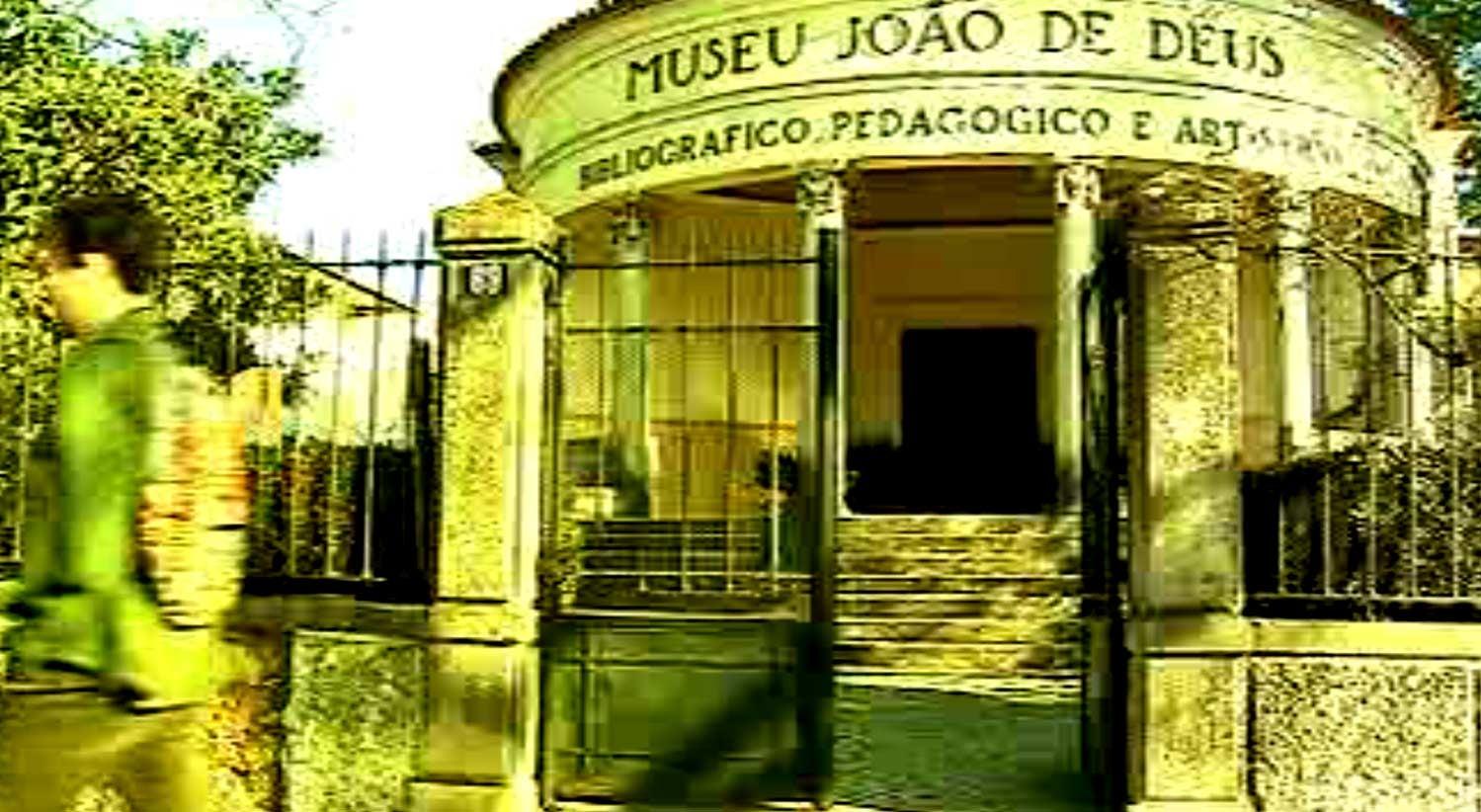 79eb3053931 IPSS João de Deus com marcas de luxo entre os fornecedores - País ...