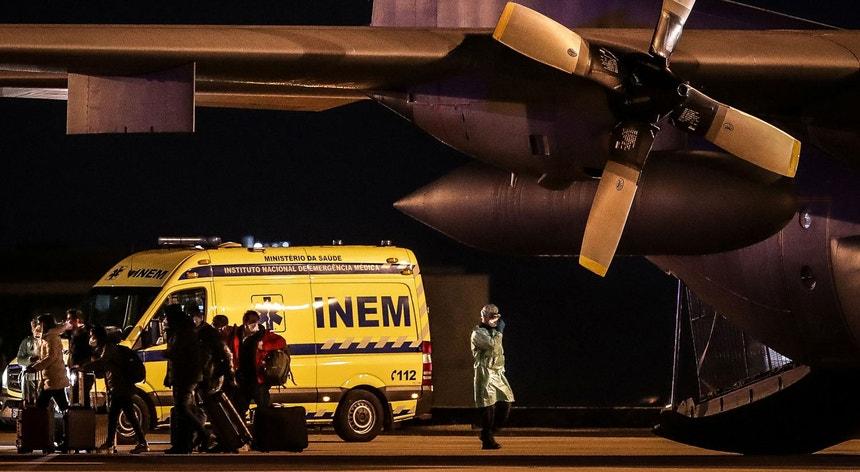 O grupo de cidadãos chegou, de Wuhan no dia de fevereiro ao aeroporto militar de Figo Maduro, em Lisboa