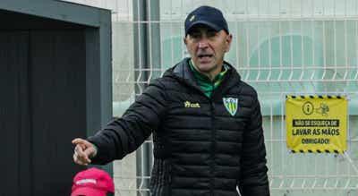 Pako Ayestarán renova até 2022 à frente da equipa técnica do Tondela