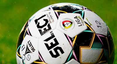 Benfica-FC Porto em 6 de maio, Benfica-Sporting nove dias depois
