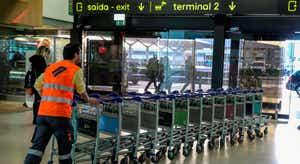 Queixas após voo de repatriamento de portugueses vindos do Brasil