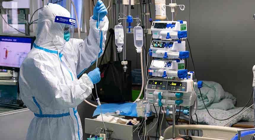 Covid-19. EUA com 2060 mortos e mais de 58 mil casos em 24 horas