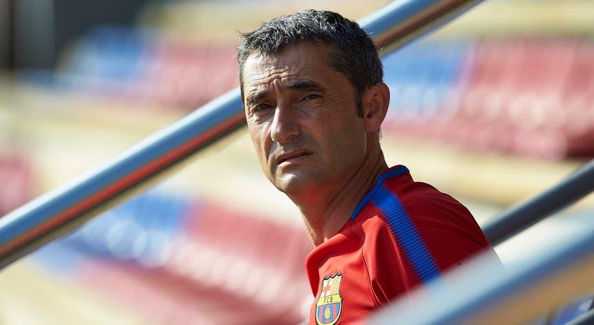 """Ernesto Valverde continua nos """"blaugrana"""" até 2020"""