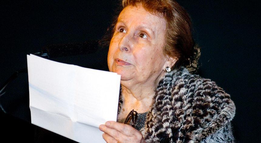 Agustina Bessa-Luís estreou-se como romancista em 1948, com a novela <i>Mundo Fechado</i>