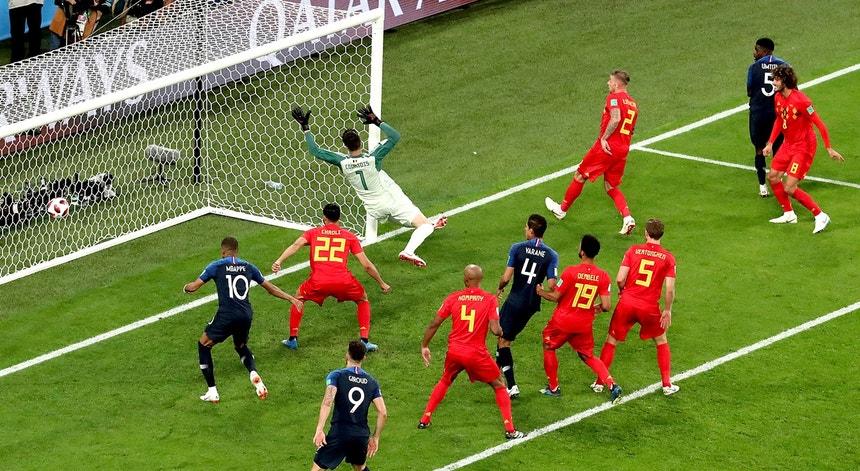 Umtiti marcou o golo da vitória da França