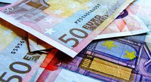 Défice português revisto em baixa por Bruxelas, mas melhora previsões da dívida