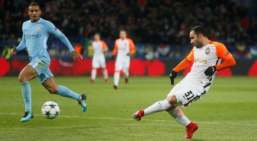9d15388d7e720 O selecionador de futebol do Brasil convocou hoje o lateral esquerdo Ismaily