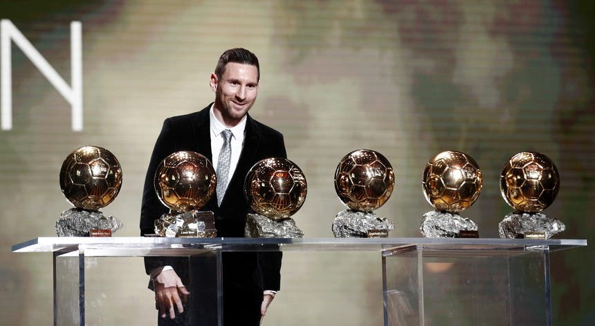 Messi vence a Bola de Ouro pela sexta vez