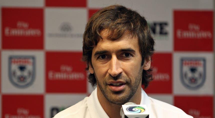 Raúl González vai treinar a equipa B do Real Madrid