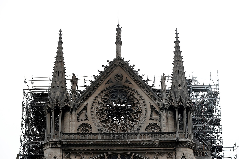 Fachada sul do transepto da catedral / Benoit Tessier - Reuters