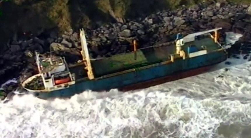 A embarcação foi abandonada durante uma navegação entre a Grécia e o Haiti em setembro de 2018, a cerca de 2220 mil quilómetros do sudoeste das Bermudas