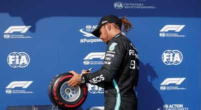 """F1 Hungria. Hamilton na """"pole"""" persegue vitória número 100 da carreira"""