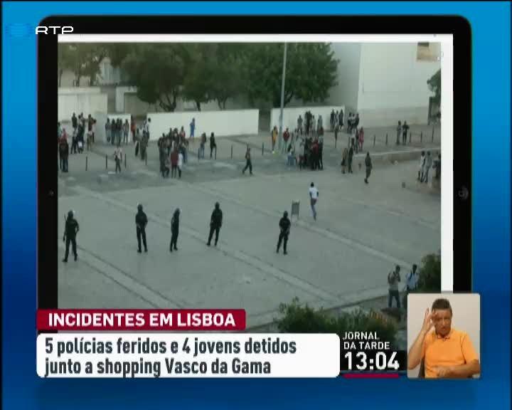 Confrontos no Vasco da Gama iniciados por convocatória nas redes sociais -  País - RTP Notícias 6737d879fc96f