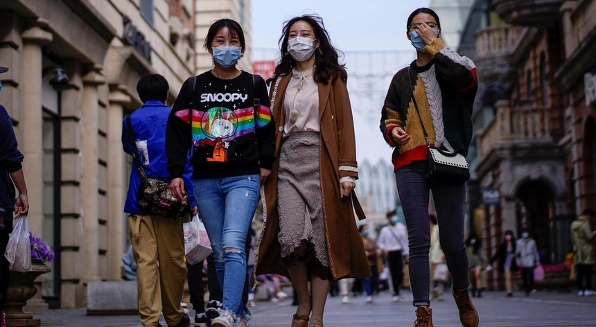 Os chineses já aprenderam a viver com o novo coronavírus
