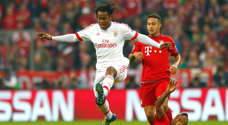 O voo para o Bayern. Apesar da elliminação do Benfica, as prestações do jovem jogador impressionaram a equipa alemã. A notícia da contratação surge logo no início de maio.