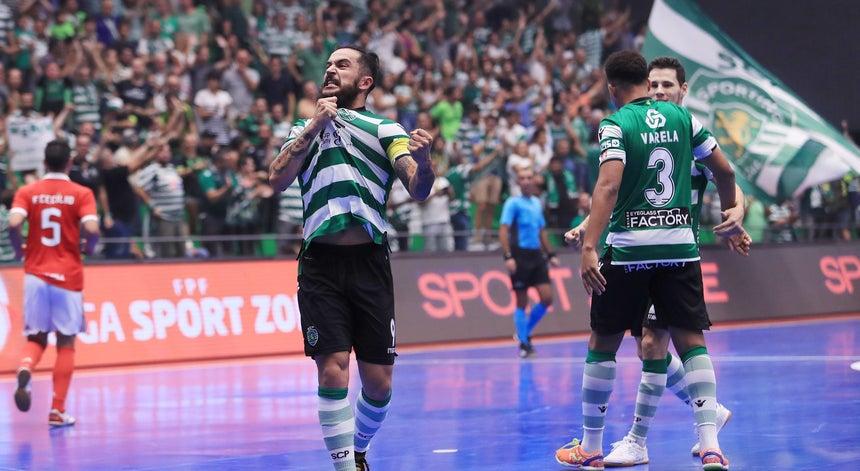 Sporting vence Benfica e defronta Fabril na final da Taça de Portugal de  futsal 874a8d1dfb29a