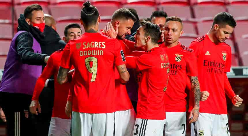 Benfica tentou adiamento do jogo mas Nacional recusou