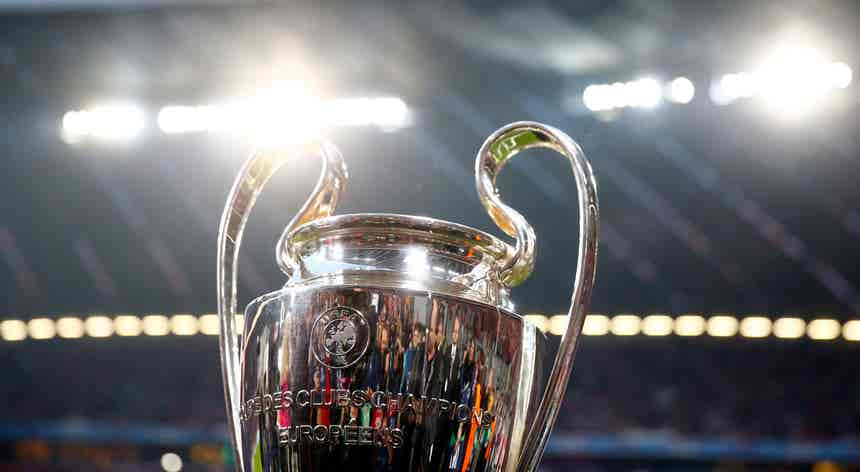 Portugal volta a ter três equipas na Champions