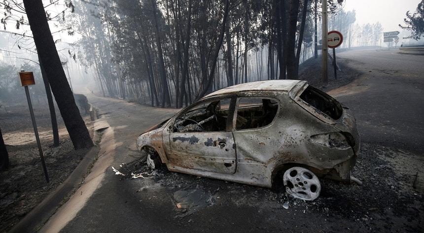 Na estrada nacional 236 morreram 47 pessoas que fugiam do fogo