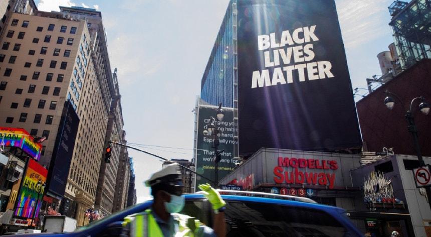 Ao longo de todos os EUA registaram-se mais de 4700 demonstrações desde os primeiros protestos em Minneapolis, a 26 de maio.