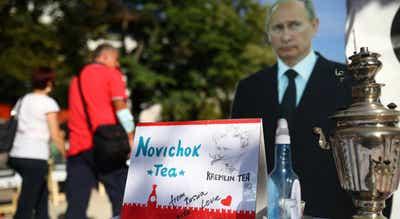 Navalny: União Europeia aplica sanções a Moscovo