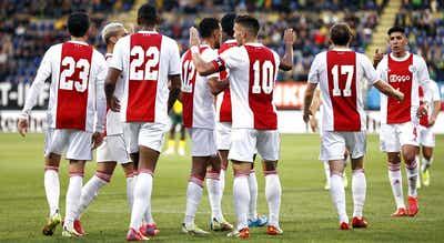 Ajax volta a golear e consolida liderança da liga nos Países Baixos