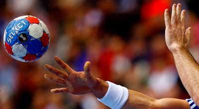 Sporting empata na Roménia para a Liga Europeia de andebol