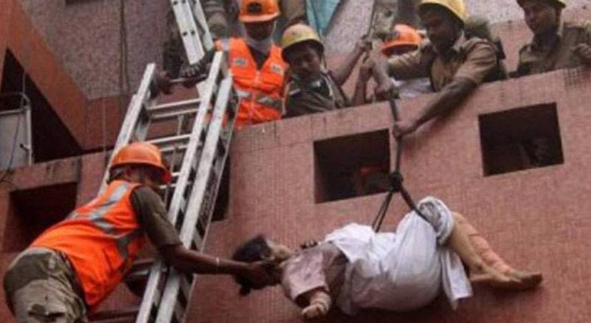 Os incêndios em hospitais na Índia são frequentes nas últimas semanas