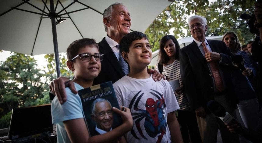 Presidente da República durante uma visita à 4.ª edição da Festa do Livro de Belém, no Palácio de Belém