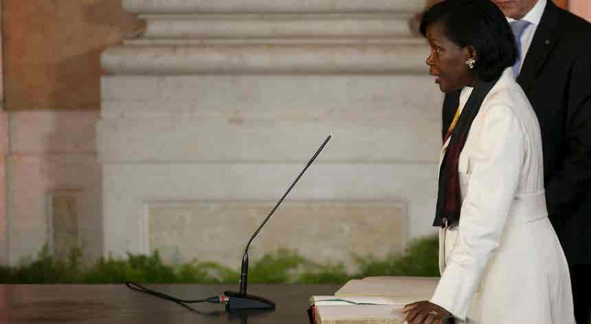 """""""Operação Lex"""". PSD quer ouvir a ministra da Justiça no Parlamento"""
