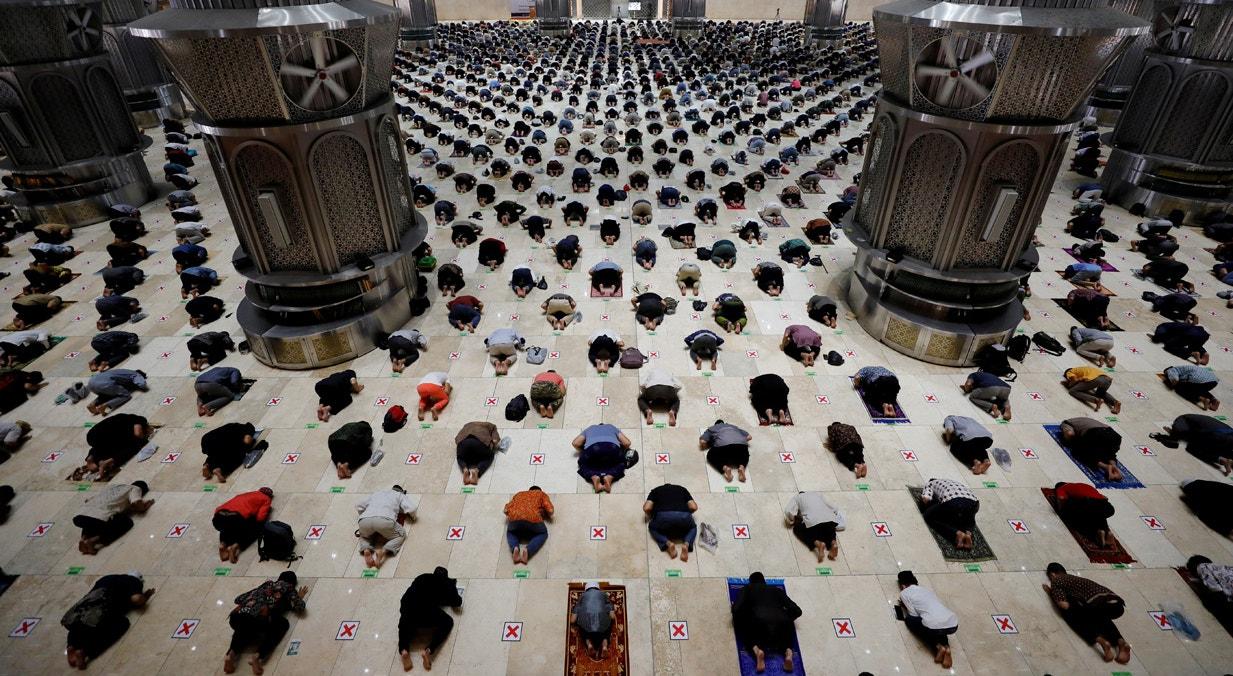 Indonésia. Grande Mesquita de Istiqlal em Jacarta | Willy Kurniawan - Reuters