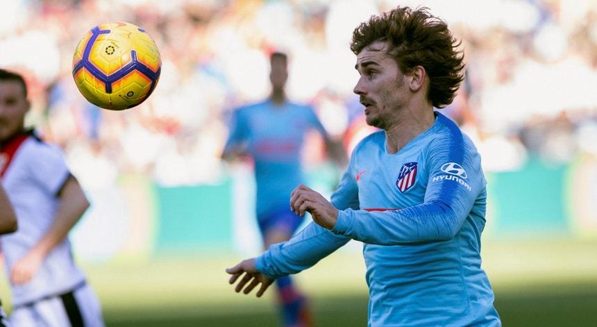 Antoine Griezmann oficializado no Barcelona