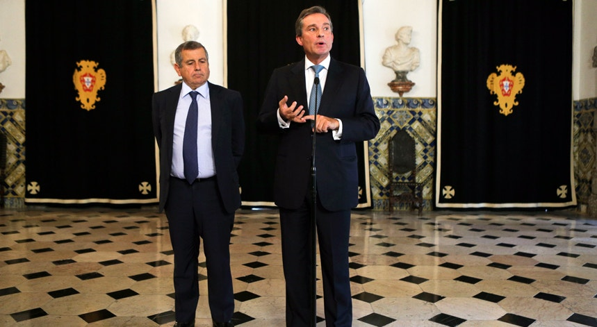 Peter Villax, presidente da Associação das Empresas Familiares, disse que compete a Cavaco Silva tomar a decisão