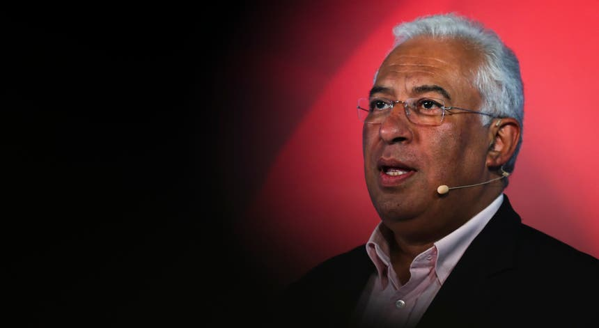 António Costa falou aos militantes do Partido Socialista sobre a política de rendimentos que pretende implementar