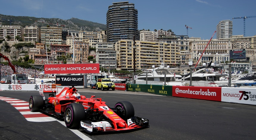 Vettel triunfa em Monte Carlo