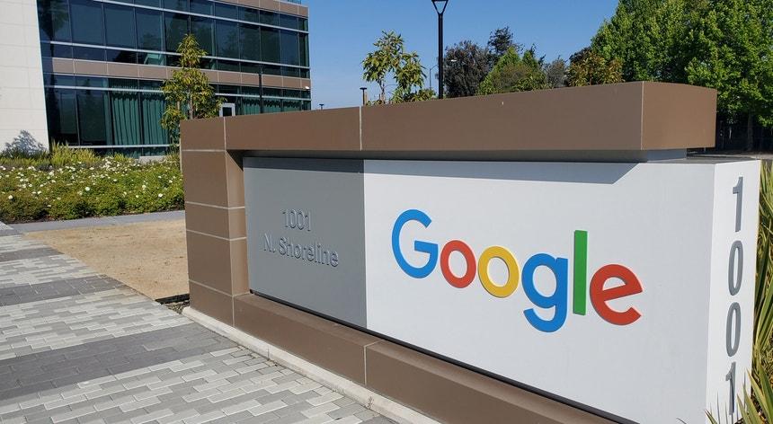 O governo australiano quer a Google a pague aos meios de comunicação pelo seu conteúdo